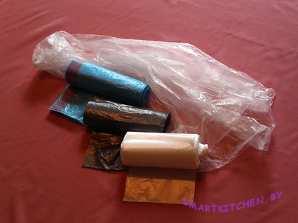 На снимке: пакеты обычные и усовершенствованные